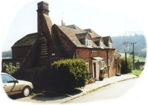 The Three Horseshoes - Bennet End