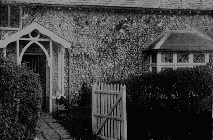 Flint Cottage 1911